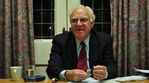 پرفسور جهان پور - دین و سیاست